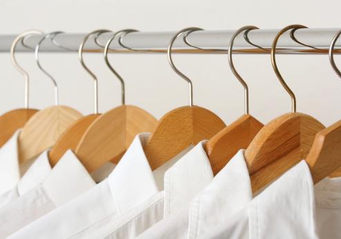 Hanging「Group of shirts」:スマホ壁紙(14)