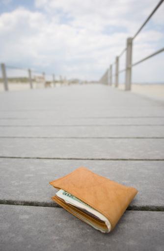 Lost「Lost wallet」:スマホ壁紙(3)