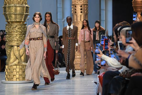 Fashion show「Chloe : Runway - Paris Fashion Week Womenswear Fall/Winter 2020/2021」:写真・画像(7)[壁紙.com]
