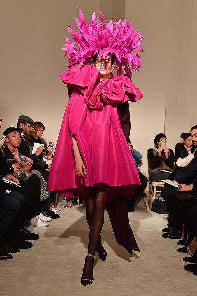 オートクチュール「Valentino : Runway - Paris Fashion Week - Haute Couture Spring Summer 2018」:写真・画像(12)[壁紙.com]