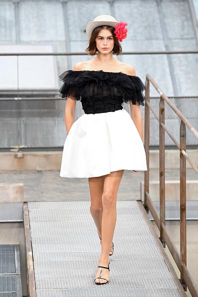 Spring Summer Collection「Chanel : Runway - Paris Fashion Week - Womenswear Spring Summer 2020」:写真・画像(19)[壁紙.com]