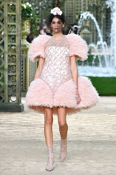 オートクチュール「Chanel : Runway - Paris Fashion Week - Haute Couture Spring Summer 2018」:写真・画像(11)[壁紙.com]