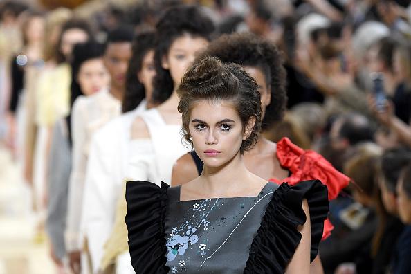 Spring Summer Collection「Miu Miu : Runway - Paris Fashion Week - Womenswear Spring Summer 2020」:写真・画像(5)[壁紙.com]