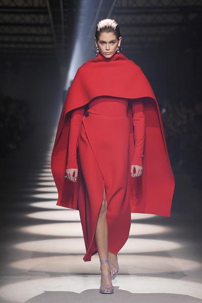 Givenchy「Givenchy : Runway - Paris Fashion Week Womenswear Fall/Winter 2020/2021」:写真・画像(14)[壁紙.com]