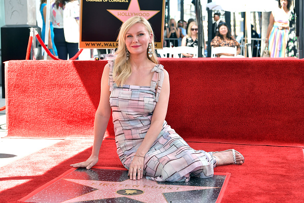 Kirsten Dunst「Kirsten Dunst Honored With A Star On The Hollywood Walk Of Fame」:写真・画像(6)[壁紙.com]