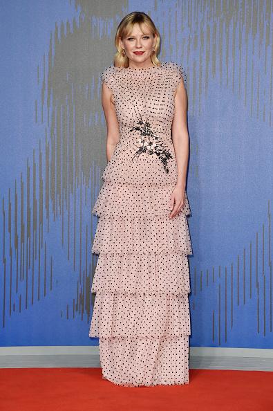 Kirsten Dunst「Woodshock Premiere - 74th Venice Film Festival」:写真・画像(9)[壁紙.com]
