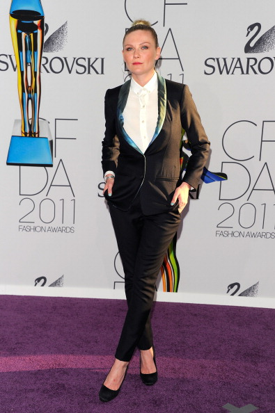Long Sleeved「2011 CFDA Fashion Awards - Arrivals」:写真・画像(8)[壁紙.com]