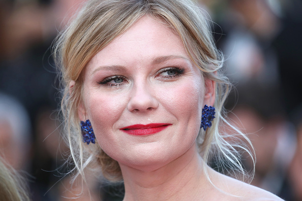 "Kirsten Dunst「""The Beguiled"" Red Carpet Arrivals - The 70th Annual Cannes Film Festival」:写真・画像(11)[壁紙.com]"