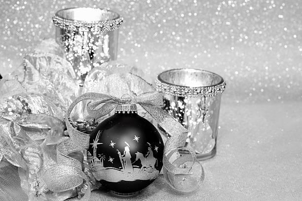 Religious: Black and Silver Christmas Nativity Scene Ornament:スマホ壁紙(壁紙.com)