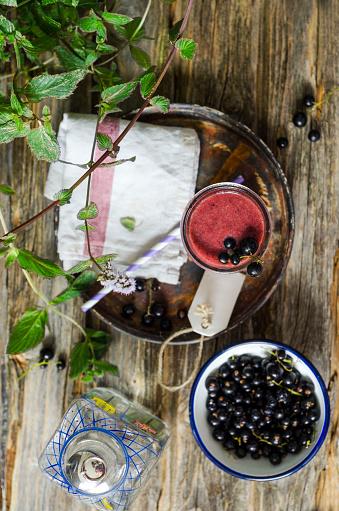 Black currant「Glass of black currant smoothie」:スマホ壁紙(17)