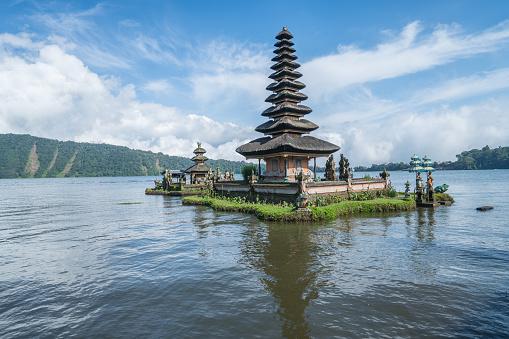 Hinduism「Bali Temple, Pura Ulun Danu Bratan- Indonesia」:スマホ壁紙(17)
