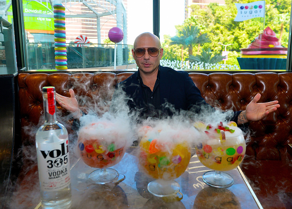 Grammy Award「Pitbull, Voli 305, And Sugar Factory American Brasserie Debuts Three New Signature Goblets Designed And Tasted By PitBull At Fashion Show In Las Vegas」:写真・画像(0)[壁紙.com]