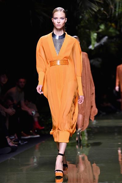Ready To Wear「Balmain : Runway - Paris Fashion Week Womenswear Spring/Summer 2017」:写真・画像(8)[壁紙.com]