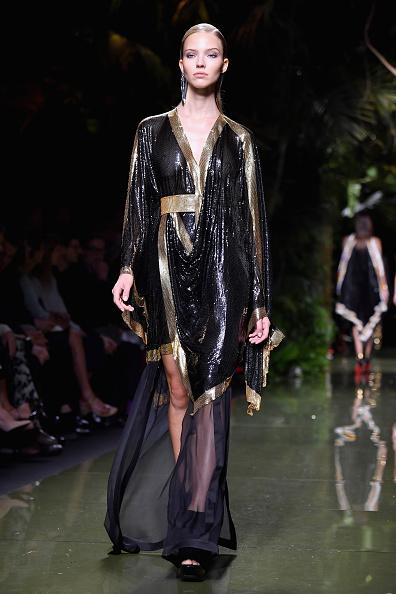Ready To Wear「Balmain : Runway - Paris Fashion Week Womenswear Spring/Summer 2017」:写真・画像(9)[壁紙.com]