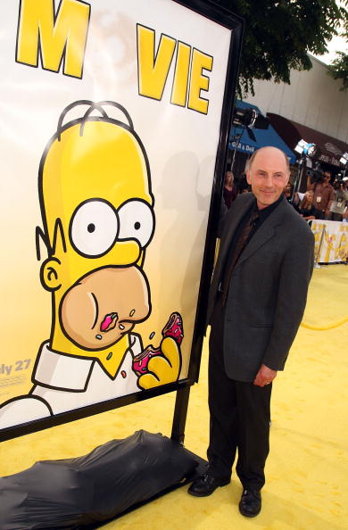 ダン カステラネタ「LA Premiere Of 20th Century Fox's 'The Simpsons Movie' - Arrivals」:写真・画像(6)[壁紙.com]
