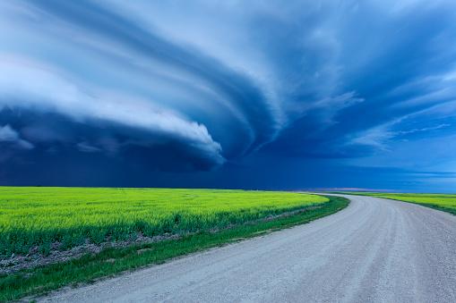 Moose Jaw「Super Cell Prairie Storm Saskatchewan Canada」:スマホ壁紙(2)
