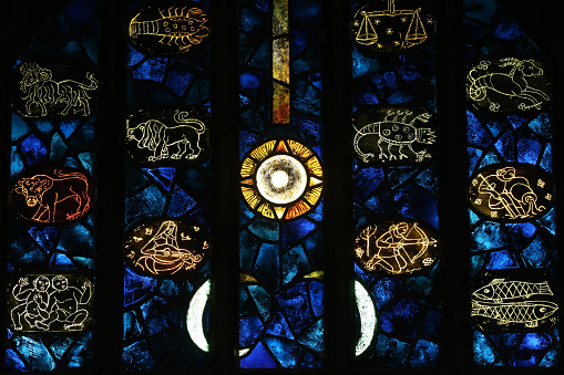 Astrology「Saint-Maurice d'Agaune abbey. Stained glass window. Astrological signs.」:スマホ壁紙(7)