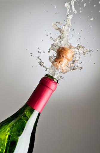 お正月「シャンパンエクスプローディング」:スマホ壁紙(17)