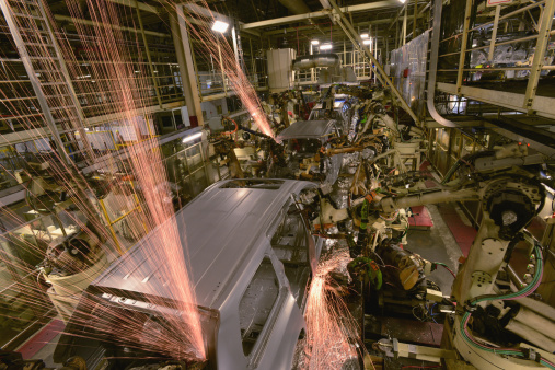 Welding「Robots weld car bodies」:スマホ壁紙(18)