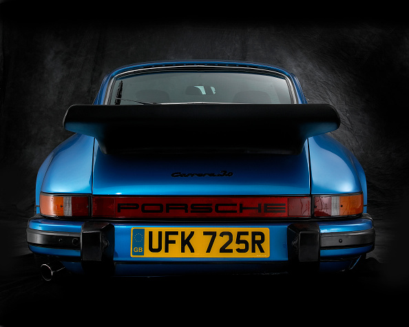 Finance and Economy「1977 Porsche 911 Carrera 3.0」:写真・画像(12)[壁紙.com]