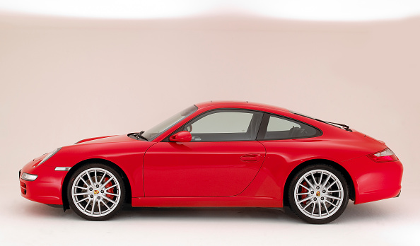 Side View「2004 Porsche 911 Carrera 2 S」:写真・画像(4)[壁紙.com]