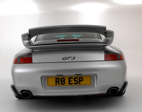 Finance and Economy「2000 Porsche 911 GT3」:写真・画像(0)[壁紙.com]