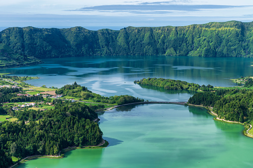 Volcanic Landscape「Sete Cidades lake in The Azores」:スマホ壁紙(1)