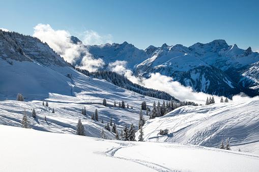 Ski Resort「Panorama of the Alps at winter」:スマホ壁紙(4)