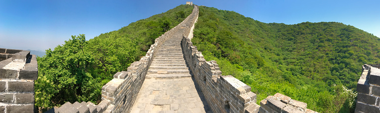 歴史「慕位置、中国の北京で万里の長城のパノラマ」:スマホ壁紙(1)