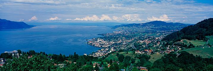 Music Festival「Panorama of Lake Geneva and Montreux」:スマホ壁紙(11)