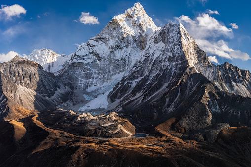 Ama Dablam「Panorama of Mount Ama Dablam in Himalayas, 62MPix XXXXL, Nepal」:スマホ壁紙(0)