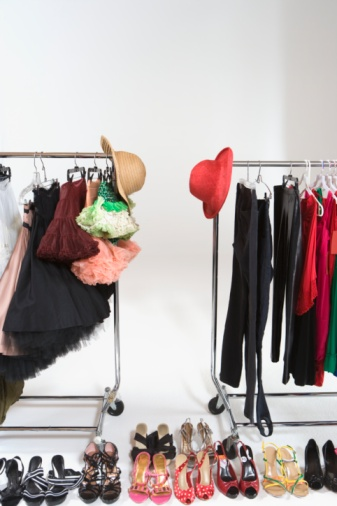 Skirt「Fashion hats and accessories on clothes rail」:スマホ壁紙(12)