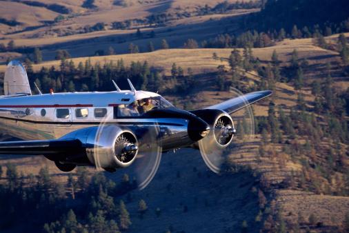 Beechcraft「Airplane in flight」:スマホ壁紙(8)