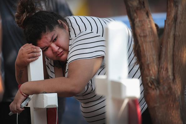 Scott Olson「Six Children Among The Dead In Overnight Chicago Building Fire」:写真・画像(2)[壁紙.com]