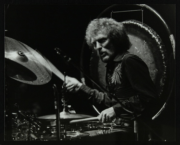 ドラマー「Drummer Ginger Baker performing at the Forum Theatre, Hatfield, Hertfordshire, 1980. .」:写真・画像(16)[壁紙.com]