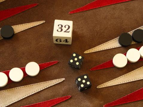 Competitive Sport「Backgammon Game Board Dice Double Cube」:スマホ壁紙(3)