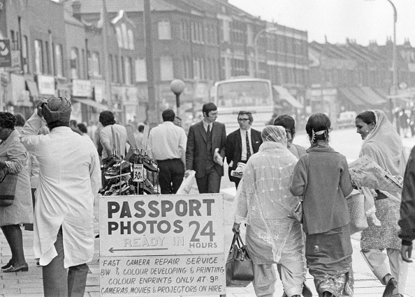 Indian Subcontinent Ethnicity「Indians In Southall」:写真・画像(12)[壁紙.com]