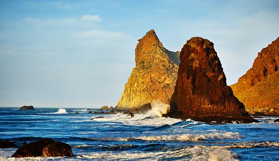Wave「ベニホ ビーチ岩」:スマホ壁紙(18)