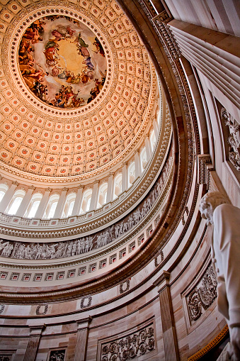 Masterpiece「US Capitol Dome in rotunda with Apotheosis of George Washington, Washington DC, USA」:スマホ壁紙(7)