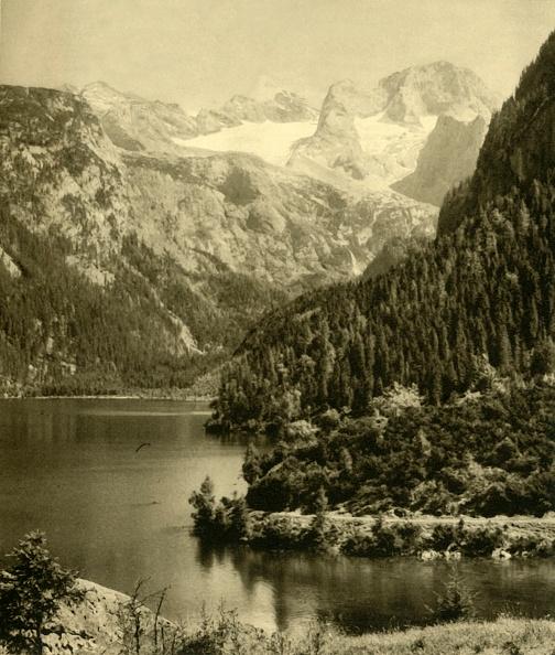 Dachstein Mountains「Vorderer Gosausee And The Dachstein Mountains」:写真・画像(11)[壁紙.com]