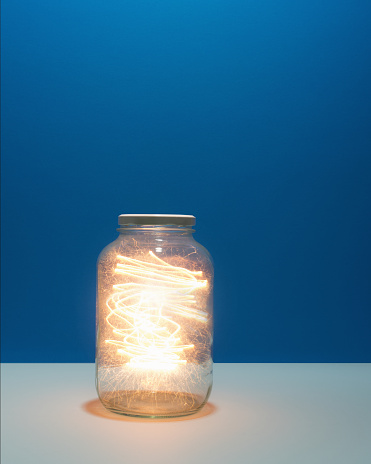 Spinning「Energy trapped in jar」:スマホ壁紙(6)