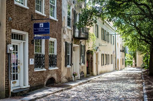 Charleston - South Carolina「Cobblestone Street」:スマホ壁紙(7)