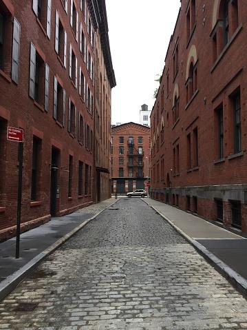 Alley「Cobblestone Alleyway」:スマホ壁紙(7)