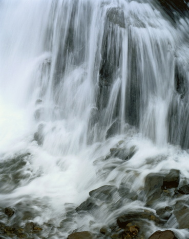 Uncompahgre National Forest「USA, Colorado, Uncompahgre National Forest, waterfall, close-up」:スマホ壁紙(3)