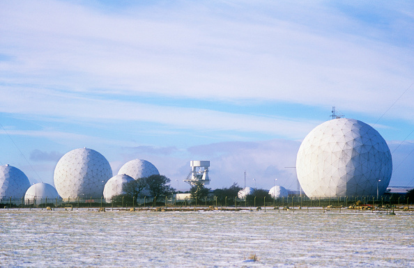 Golf Ball「An early warning radar and listening station on the moors above Harrogate, Yorkshire, UK」:写真・画像(1)[壁紙.com]