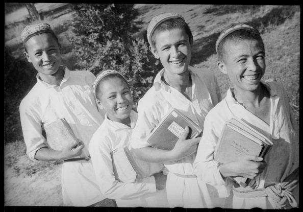 Max Penson「Schoolchildren」:写真・画像(5)[壁紙.com]