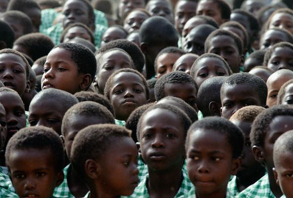 Full Frame「Schoolchildren, Gambia, West Africa」:写真・画像(1)[壁紙.com]