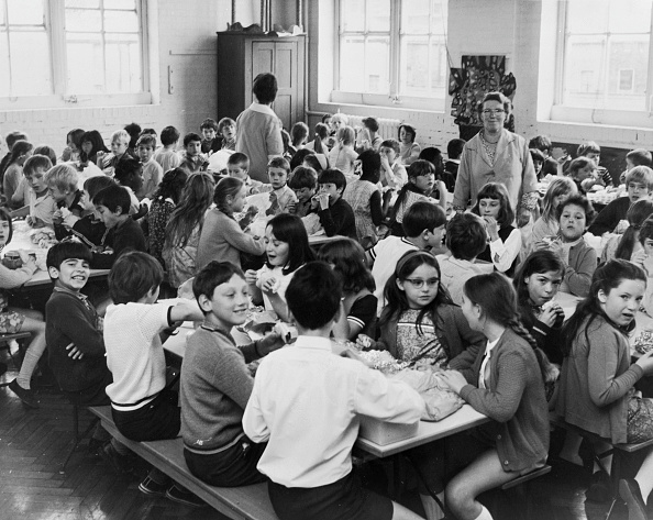 1970-1979「School Dinners Hit By Strike 」:写真・画像(13)[壁紙.com]