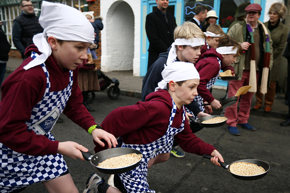 Pancake「The Annual Olney Pancake Race」:写真・画像(1)[壁紙.com]