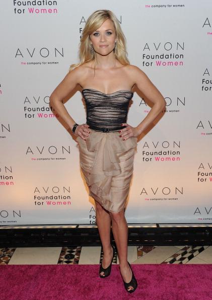 Beige「10th Annual Avon Foundation For Women Gala」:写真・画像(18)[壁紙.com]